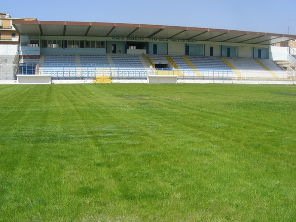 stadio-esseneto