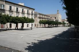 piazza cavour favara