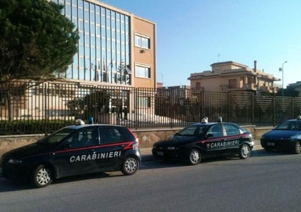 carabinieri-davanti-il-tribunale-di-sciacca