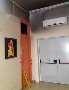 Fiamme in reparto ospedale Siracusa, evacuati pazienti