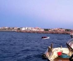 Lampedusa-mini-sbarchi-migranti-300x253