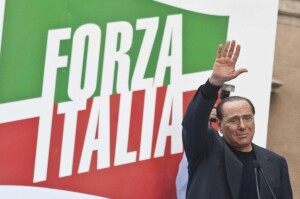 Roma, Silvio Berlusconi commosso tra i sostenitori